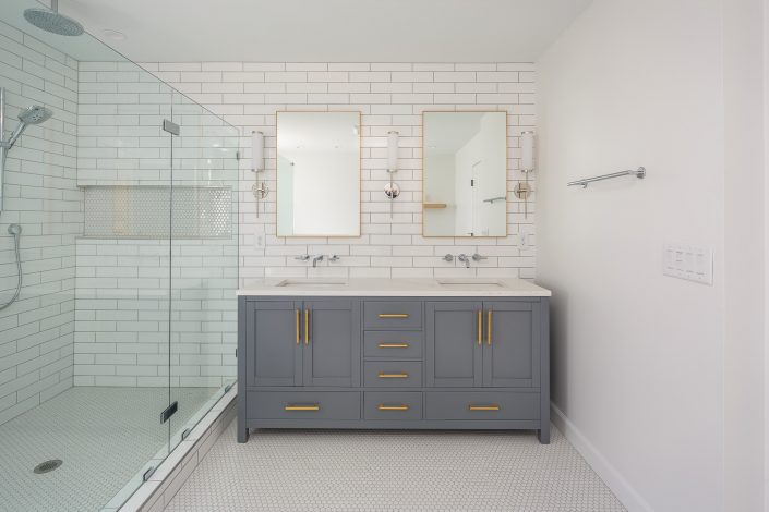 modern master design/build bathroom