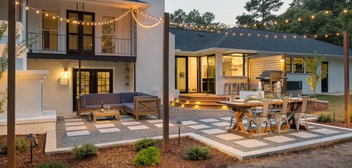 spectacular exterior entertainment space